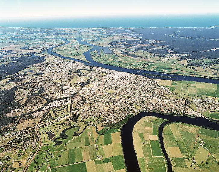 Taree Australia  city photos : Taree is located on the Manning River on the southern end of the New ...